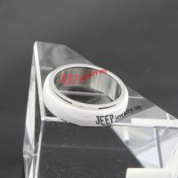 The excellent white combine with silver ceramic ring