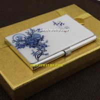 The blue and white pattern of smooth surface stainless steel cardcase