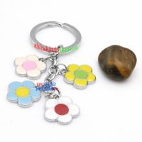 Beautiful Iron Annulus Key Chain With Four Flower Decorations Porsche Key Rings