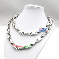 the flashing and charming stainless steel rosary necklace