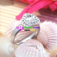 The Ring with the Heart-Shaped Pattern stone stainless steel ring is so Bright