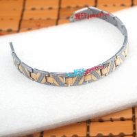 More and more people will focus on the stainless steel jewelry two tone bracelet
