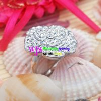 stainless silver wedding ring with a beautiful crystal jasmine