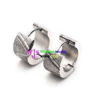 A Distinctive earring at The Style of Pure Love Made of the Stainless Steel dull polish