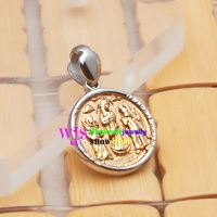 happy family living harmoniously in the pendant's heart stainless steel pendant