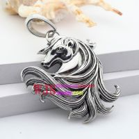 Stainless iron casting horse neat and shiny lovely especially females dressing pendant