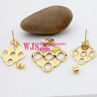 Elegant and graceful stainless steel earrings and bracelet sets