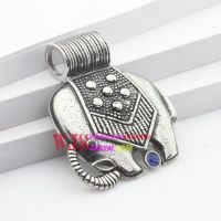 Stainless iron casting animal elephant lovely pattern with flowers Thailand style pendant