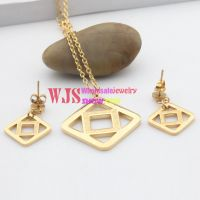 Quadrilateral Shape of necklace and earrings Made of Stainless Steel