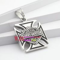 Stainless iron casting English powerful squire metal fashion and young hip-hop pendant