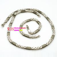 Golden choker and bracelet made of stainless steel cycle necklace for man