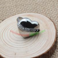 Fashionable heart designed shiny silver ring ,classic and attractive
