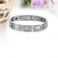Pure titanium noble temperament titanium steel couple bracelet.