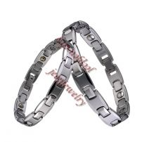 Tungsten steel antifatigue and radiation-proof bracelet