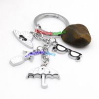 Lovely white umbrella and hat-shaped metal keychain and stainless steel wire key rings