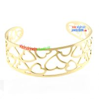 Hollow out Heart Design Bangle with Golden Bright hot sale wholesalers jewelry