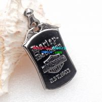 Harley-davidson motor cycle pendant can give you different feel that in the different ways