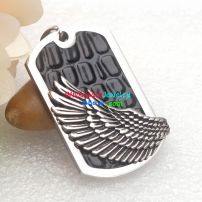 A broken wing angle left a wing and a moving story in this pendant
