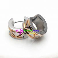 A Distinctive Earring at The Style of Eyes Made of the Material of Stainless Steel