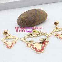 The series of the animals of a calf design wedding jewelry set