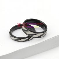 2014 stripe black fashion ring stainless steel casting ring hot sale antiallergic anti-rust ring 316L【Women】