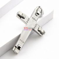 Wholesale stainless steel casting sturdy and durable men fashion white cross Crystal pendants . Width 3.7cm , Length 6.1cm and Thickness 0.4cm