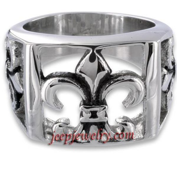 Stainless Steel Men\'s Fleur De Lis Cutout Ring