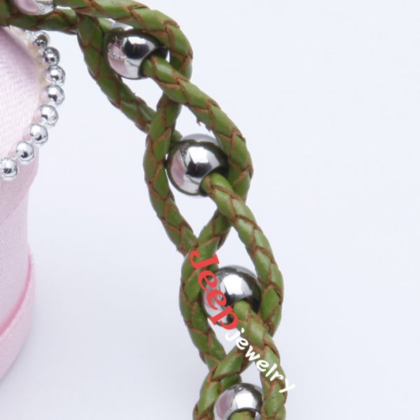 The individuality green handwork weave cortex bracelet