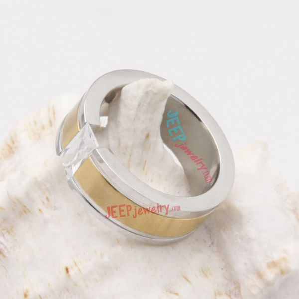 glossy golden ring using 316L stainless steel of fashion design