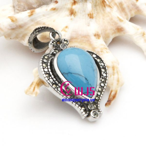 Charming and Special Heart Shape Mysterious Blue Necklaces Pendants