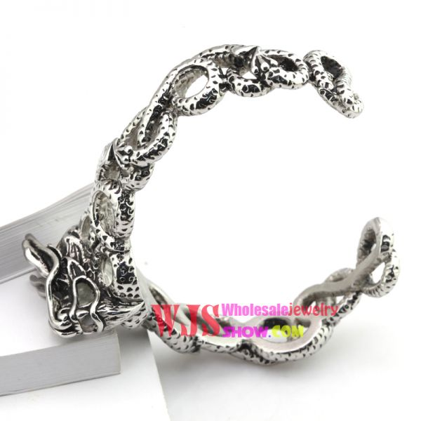 2014 China free shipping high quality casting bracelet The demon sheep head cool Gothic bracelet stainless steel 316L bracelet