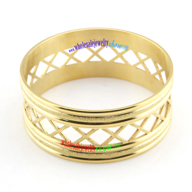 Our bangles stand in the bangles kingdom , you will recognise it ...