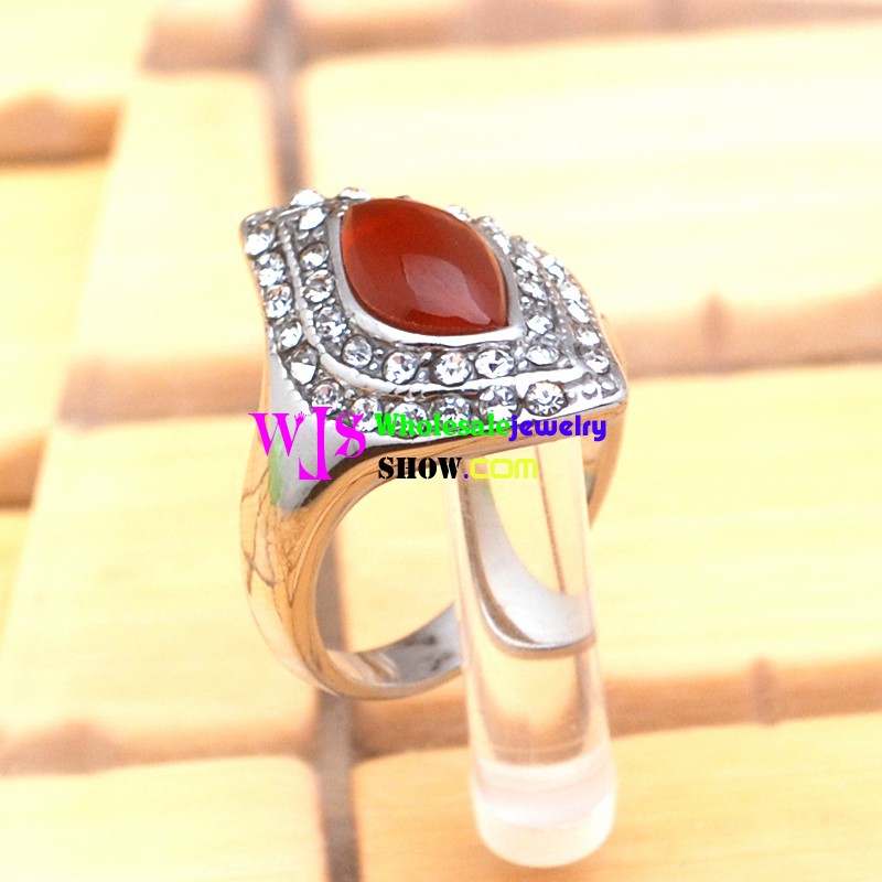 how to make big ring small